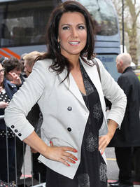 Susanna Reid forgets love woes and displays toned pins at TRIC Awards